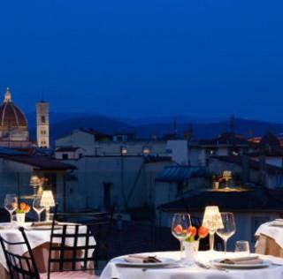 """24 giugno per i fuochi di San Giovanni """"Cena sulla Terrazza Rossini"""" a Firenze"""